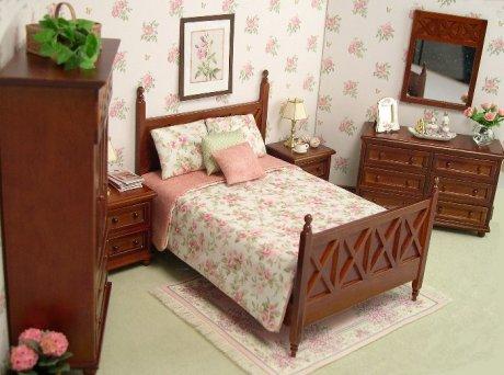Lee S Line In Fine Furnishings Miniature Furniture In